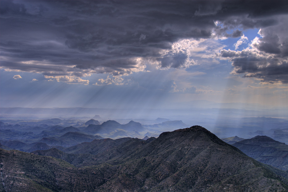 South rim of the Chisos Mountains, Big Bend National Park, Texas. Photograph by Louis Vest.