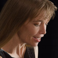Linda Chase